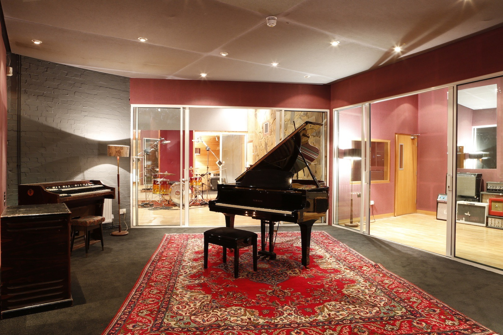 Awesome Search London Piano Recording Studios Miloco Largest Home Design Picture Inspirations Pitcheantrous