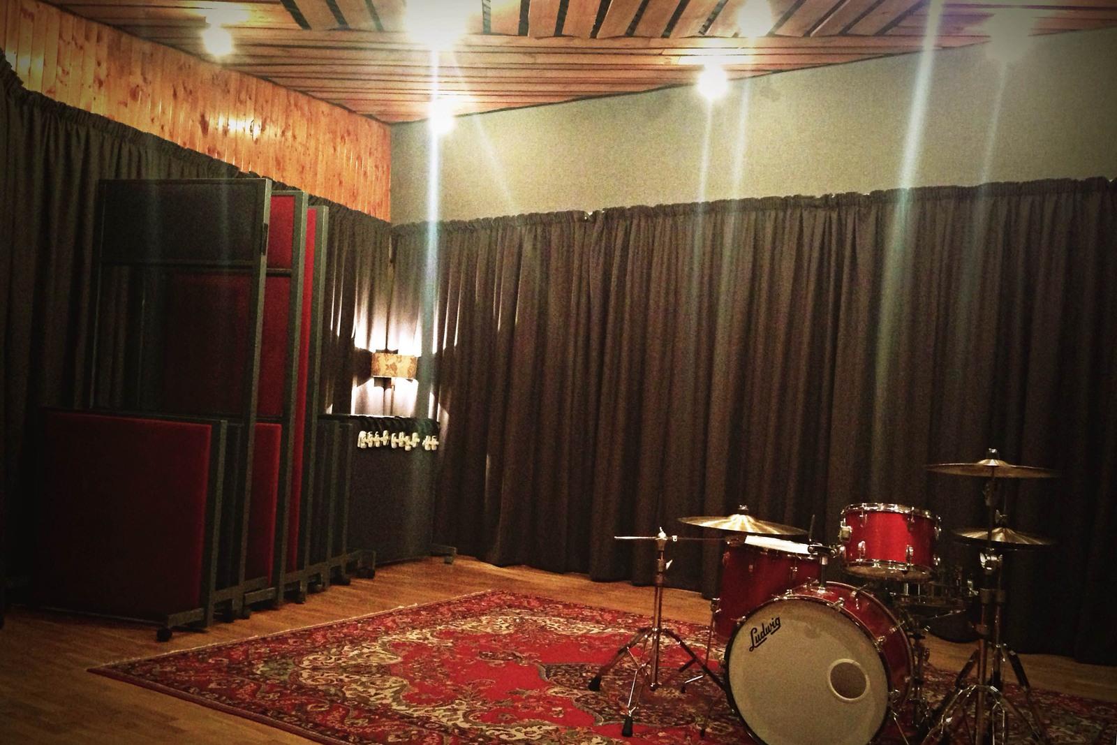 Acoustic Curtains For Livingston Studio 1