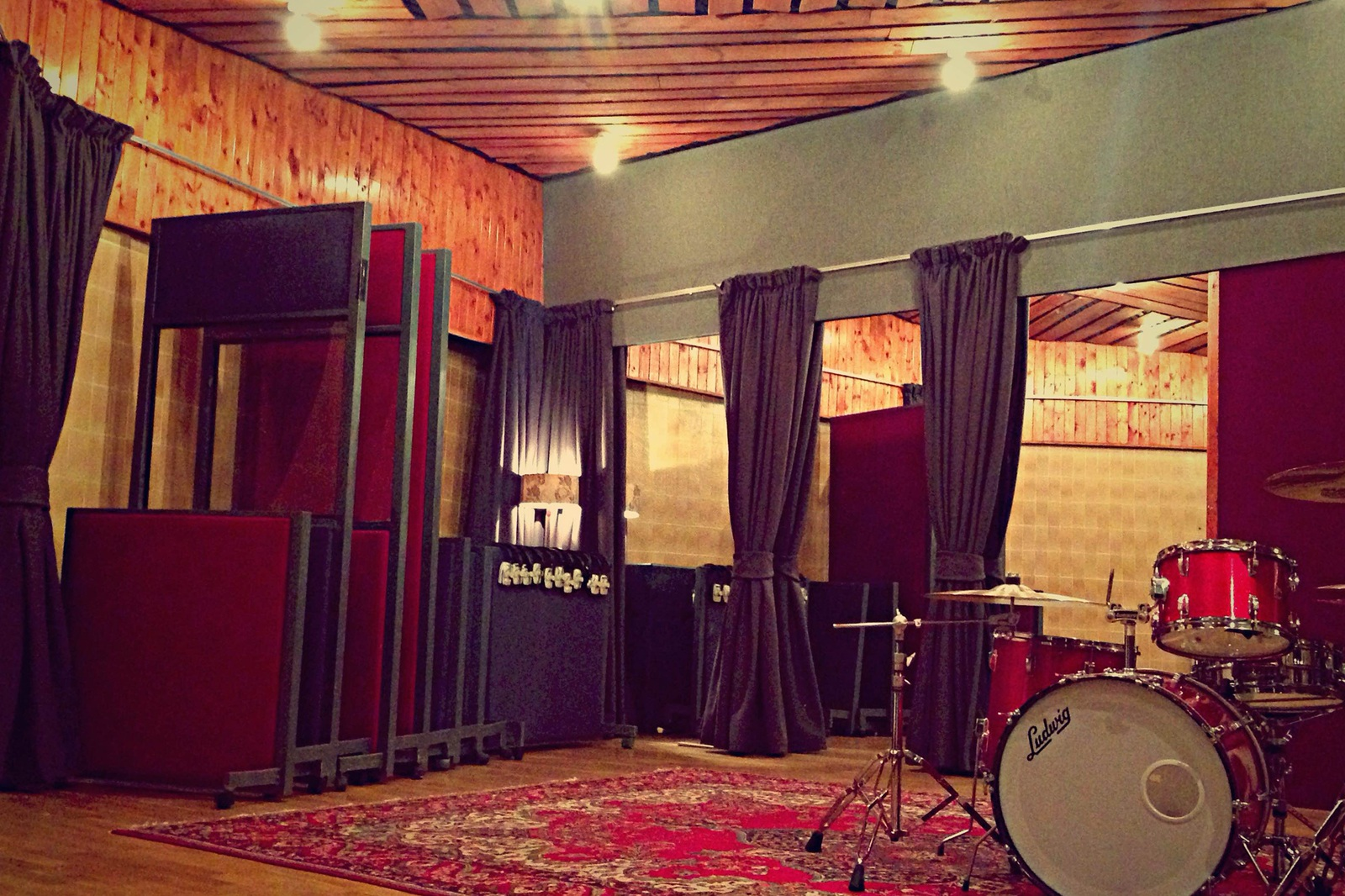 ... Acoustic Curtains At Livingston Studio 1