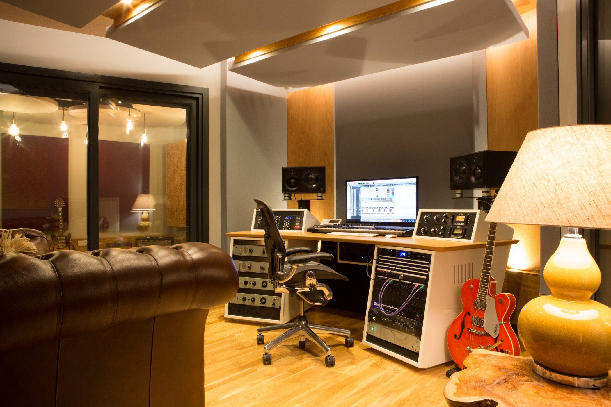Miloco Studios - ultimate worldwide recording studio directory